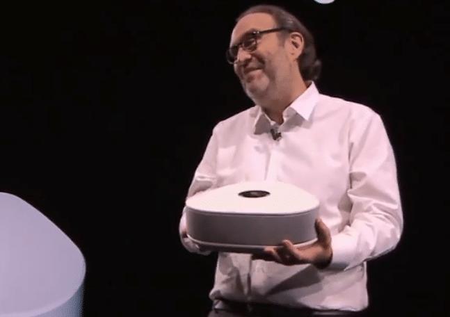 Freebox Delta nouvelle box internet de Free avec Xavier Niel.
