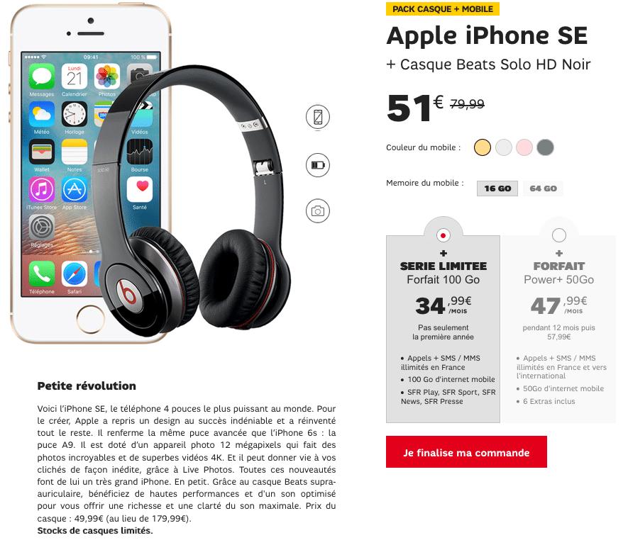 iPhone SE avec un casque