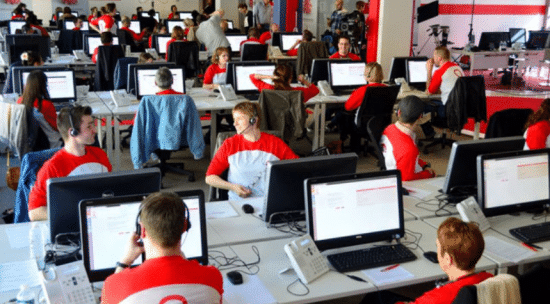 Free dispose de Call Centers en France et au Maroc