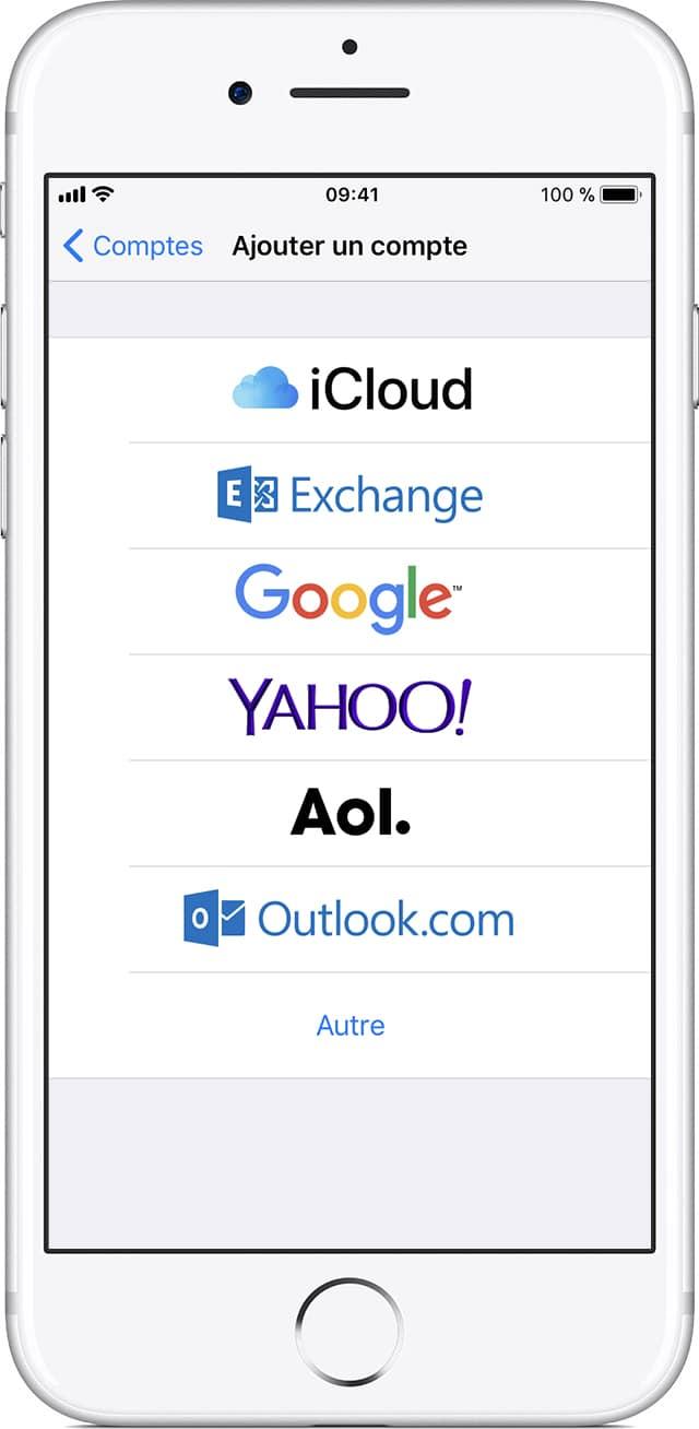Pour configurer son adresse mail Free sur iPhone, il faut remplir soi-même quelques informations.