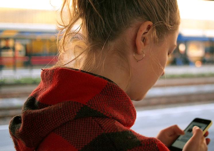 Comment débloquer un téléphone simlocké sur La Poste Mobile