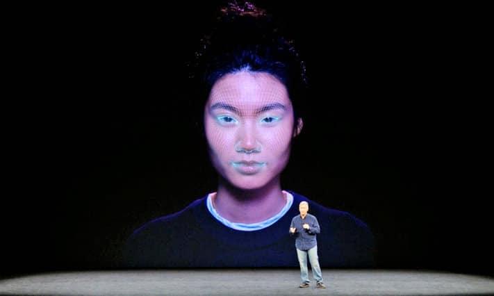 Le Face ID utilise la 3D pour ses cartographies faciales.