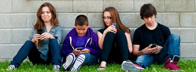 Blu vise les jeunes âgés entre 15 et 25 ans.