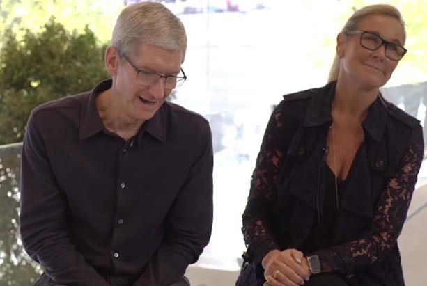 Apple et Angela Ahrendts, un départ pour un renouvellement.