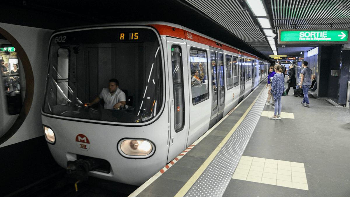 Après presque une année de travaux, la 4G est accessible dans le métro lyonnais.